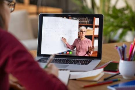Joburi online de acasa - cursuri online - trainer