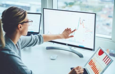 Joburi online - joburi remote - locuri de munca online - analist - marketing online